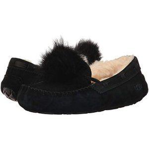 UGG $120 Black Dakota Pom Pom Slippers Sz 5 NIB!